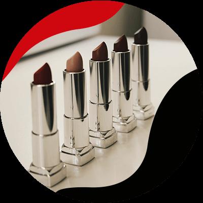 Fashion Trends - De perfecte lippenstift kleur voor je outfit: Lipsticks in intense kleuren