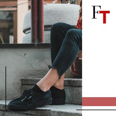 Fashion Trends - Hoe kleed je je goed in zwarte tennisschoenen?